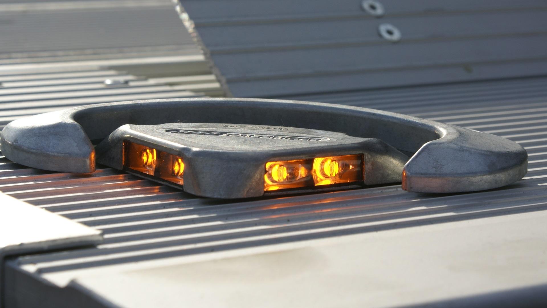 Plattformleuchte mit Schutzleiste